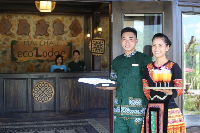Mai Chau Ecolodge Staff 04