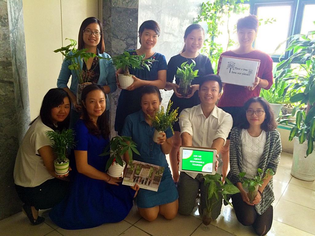 Mai Chau Ecolodge - World responsible travel market day 2015 07